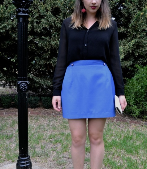 electric-blue-mini-skirt-black-blouse