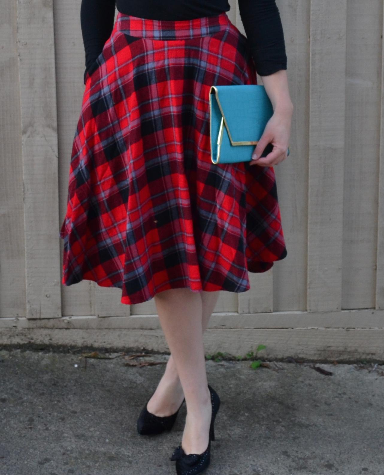 tartan-midi-skirt-wittner-heels