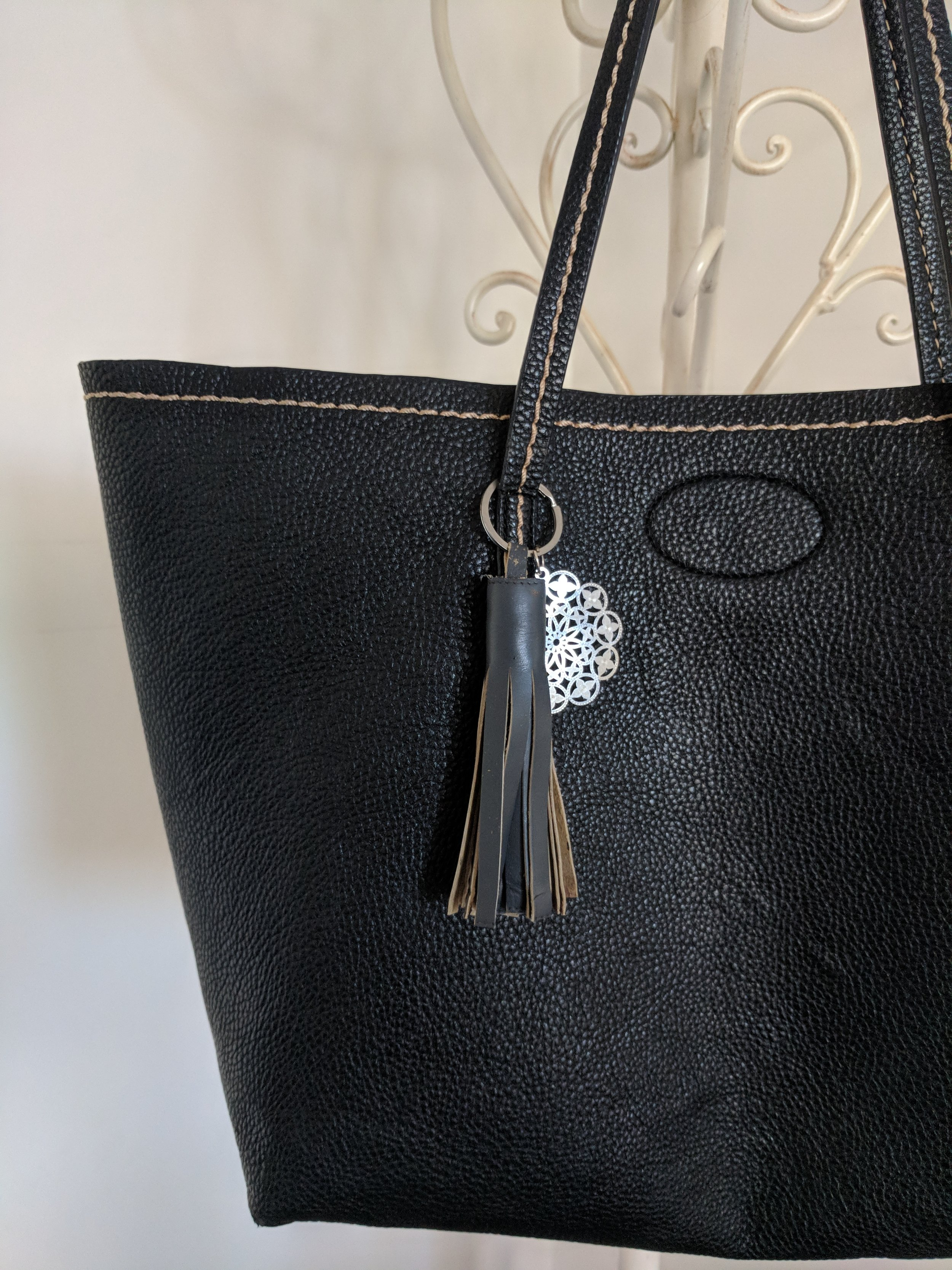 diy-leather-tassel-keyring