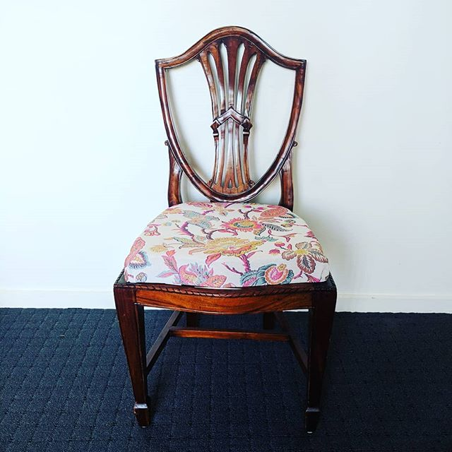 So this is not a fashion post but an upcycle! I wanted to share my reupholstery project from the summer. I had a few people ask how I did these ages ago and have finally gotten around to sharing. Friends of ours had some old chairs they were getting rid of so it was the perfect opportunity to try reupholstering for the first time! One of the chairs wasn't fixable so we ended up with three complete ones - now I need to find three similar looking chairs so we can have a semi-set 😁 If you don't want to read my directions below, you can also watch the YouTube video that I followed - search for 'How to reupholster dining chairs - DIY Tutorial' by Online Fabric Store.net.  1. One of the finished chairs - fabric from @spotlightstores  2. The original chairs 3. This was in the middle of tearing the old fabric off so we could use the seat frame. This was a painful process as it had been stapled in to the wood and getting those staples out was annoying! I really went to town with the pliers!  4. At this point I managed to remove the old fabric and the foam and was left with this webbing. Turns out the webbing was weak and stretched so that needed to be replaced too. I was able to replace that at Clarks Rubber (who knew what their store had!) - I got the 'seatbelt' material. I removed the old white stuff and stapled the new seatbelt pieces to the wooden seat frame.  5. Once the black seatbelt lengths were attached I super glued the new foam to the frame. Again the foam was from Clarks Rubber which they cut to measure. It didn't cost too much but can't remember the total now.  6. I then added a dust cover and stapled that to the frame. This acts to neaten the base and protect it. This was about $2 / m from Spotlight.  7. Original vs restored chairs!  If you've read this far, thanks for reading. It was a fun project which took about 3 hours - if I had all the materials I think it would have been much faster!  #diystyle #diyfurniture #furnituremakeover #diningchairs #diyprojects #homestyle #homeprojects #homeimprovement #clarksrubber #spotlight #reusestyleicon #styled #upcycle #reuse #reupholstery #styleoftheday #homewear #diningroomchairs #stylediaries