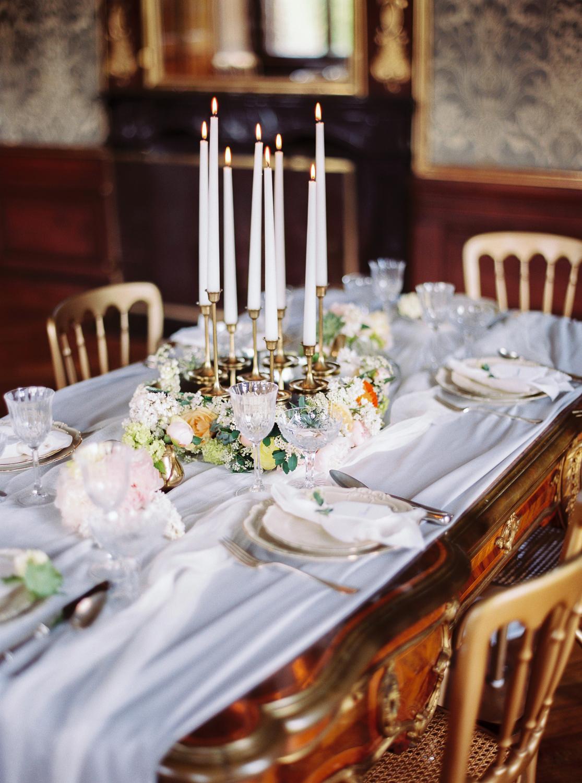 schloss-eckartsau-elegant-wedding-inspiration-melanie-nedelko-77.jpg