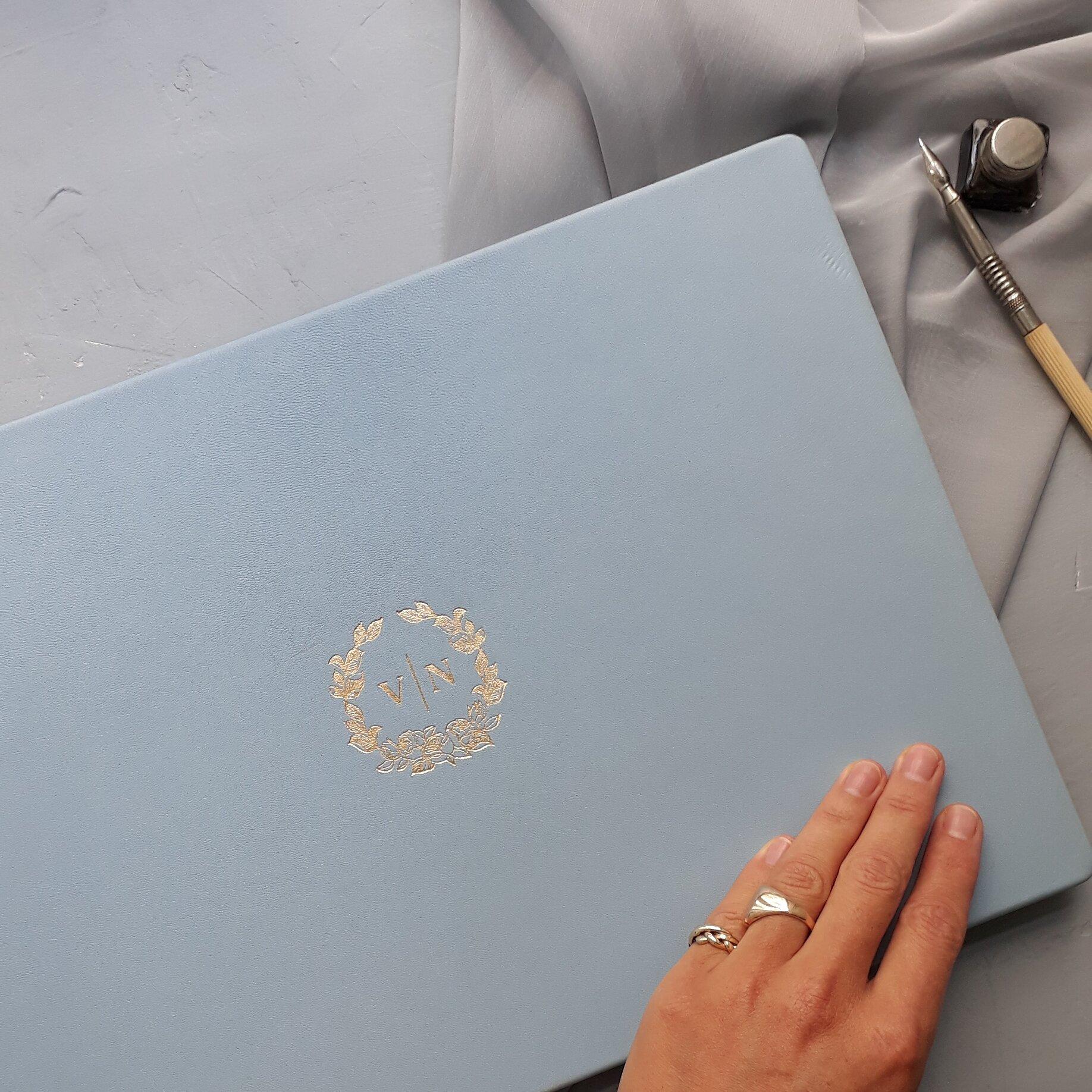 Guestbook V&N_Carissimo Letterpress.jpg