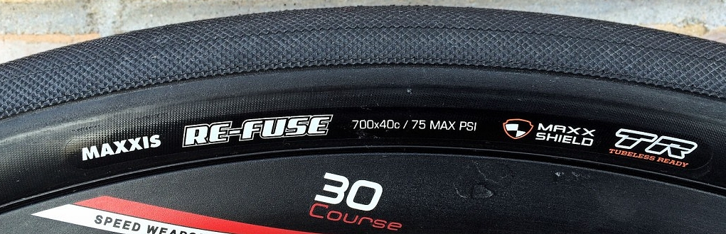 The Maxxis Re-Fuse is tubeless ready and is 40mm wide. Plenty of girth for the back roads.