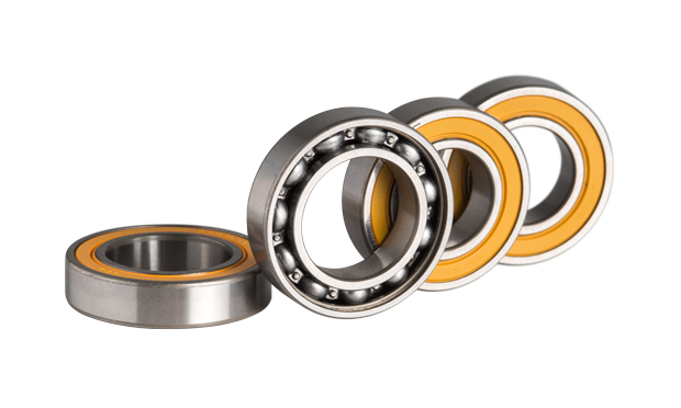 Sinc Ceramic hybrid bearings keep the rolling resistance to a minimum on the DT Swiss 180 hub. Tour de France tested by top talent.