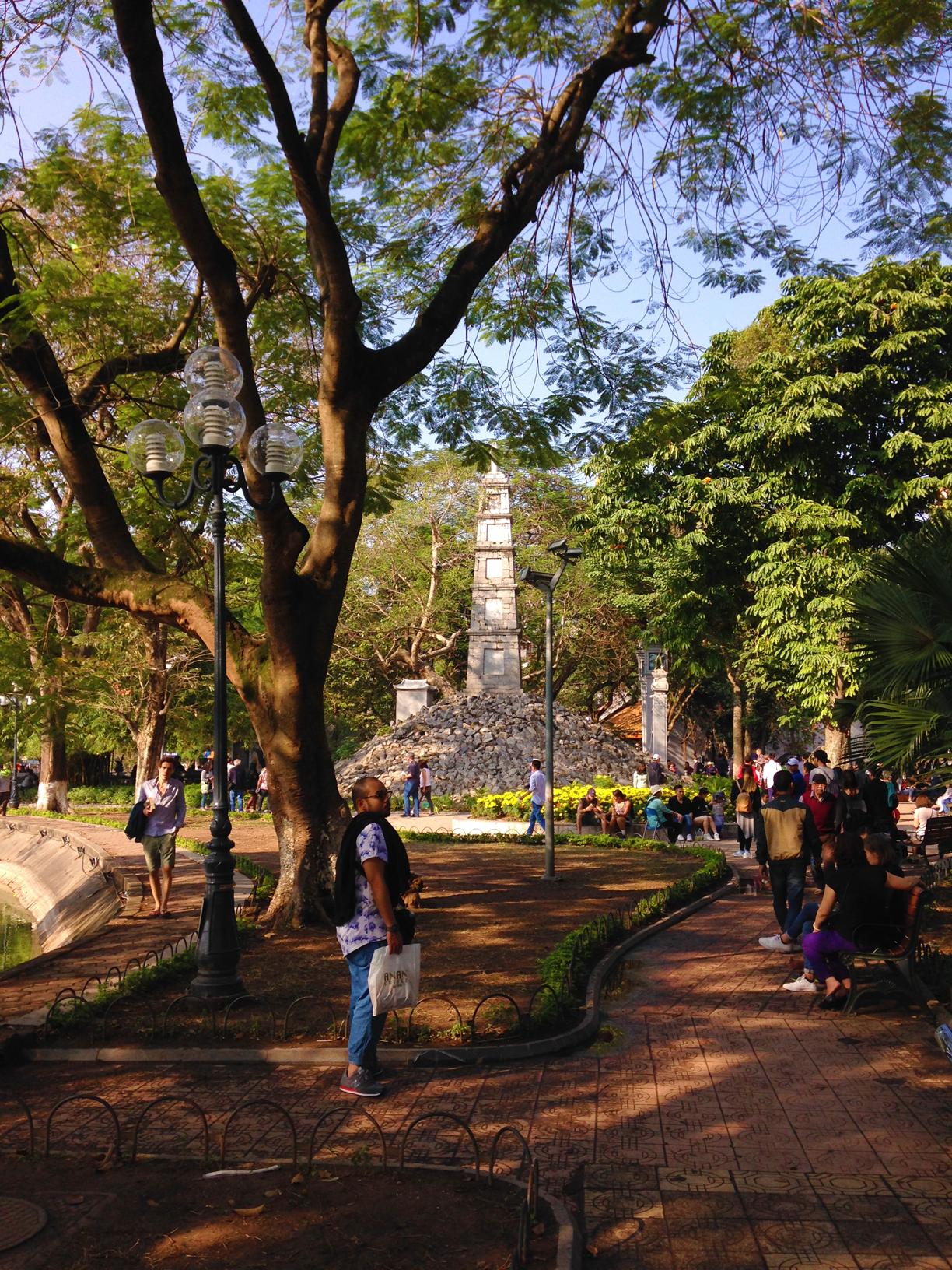 34 Hanoi_carawrrr.jpg