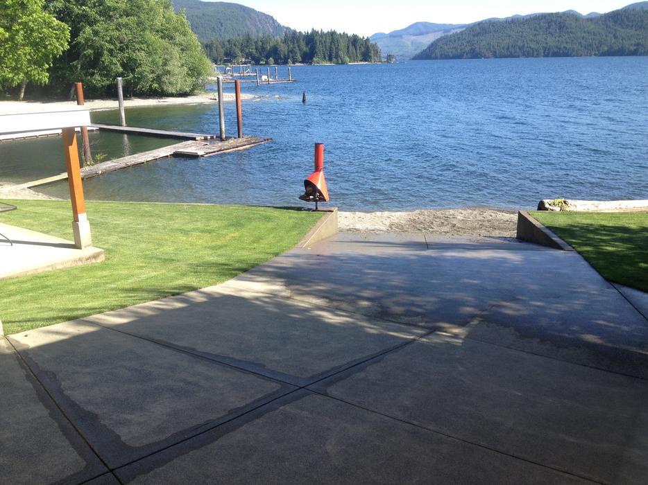 lake+c.jpg