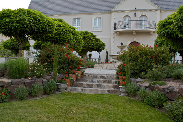 chateau 2.jpg