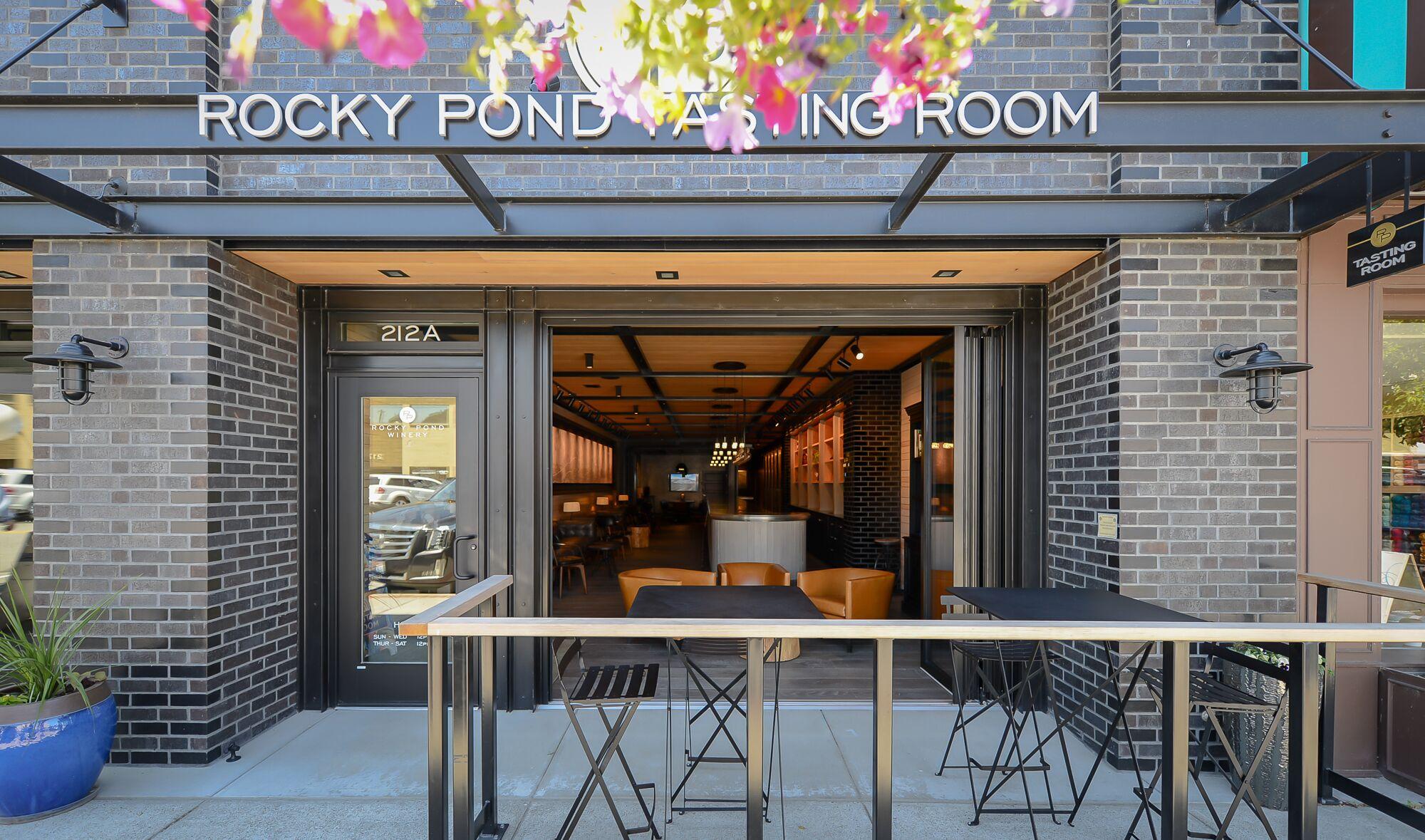 tasting room front.jpeg