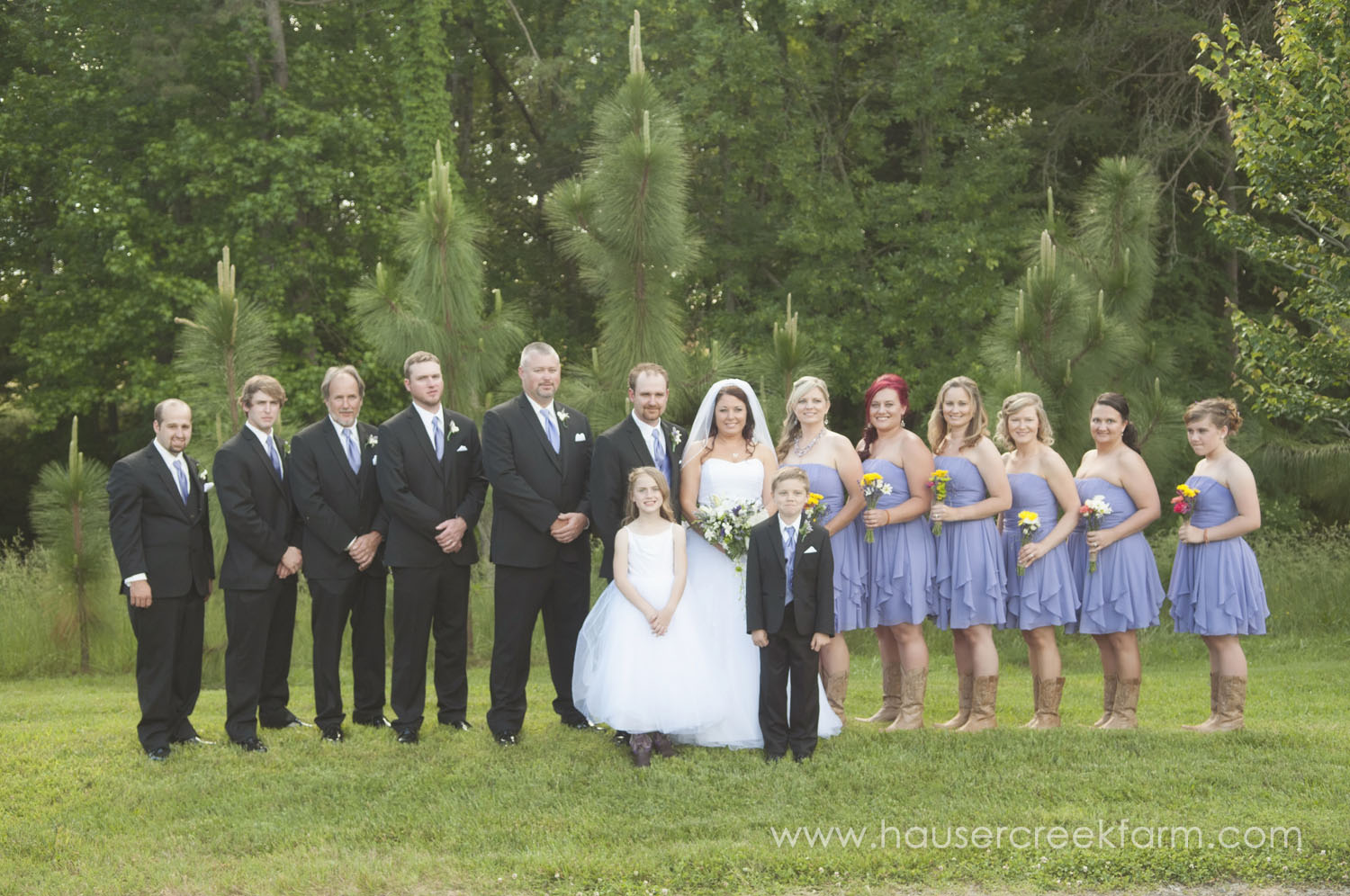 wedding-party-at-hauser-creek-farm-a-photo-by-ashley-0774.jpg