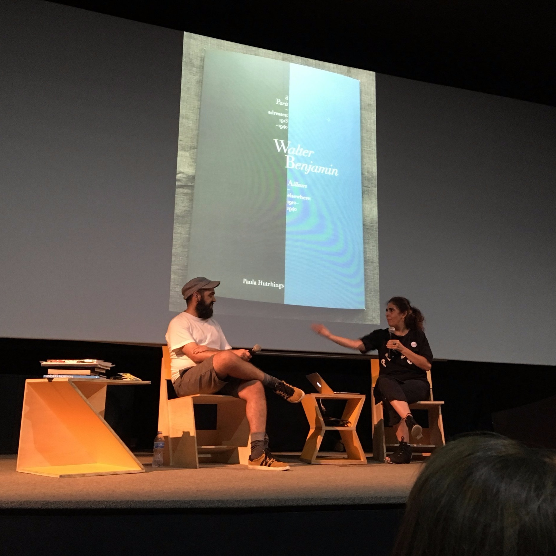 - WB: à Paris / Ailleurs debuted at Feira Plana, the annual international Art Book Fair in São Paulo, in connection with «DesApê», the rare art book collection of Rita Barbosa. (Here presenting WB folio in her interview at the Cinemateca Brasileira in March, 2018)