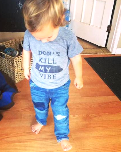 @lindz_xo Shirt is From the Heart Clothing and denim pants are  Zara Kids .
