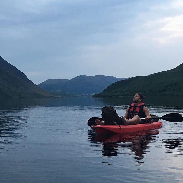 Kayaking and wild camping 🏕 . . . . . . #wildcamping #nature #lakedistrict #lakedistrictuk #naturephotography #naturelovers #hiking #vanlife #adventure #wanderlust #bushcraft #rewilding #rewild