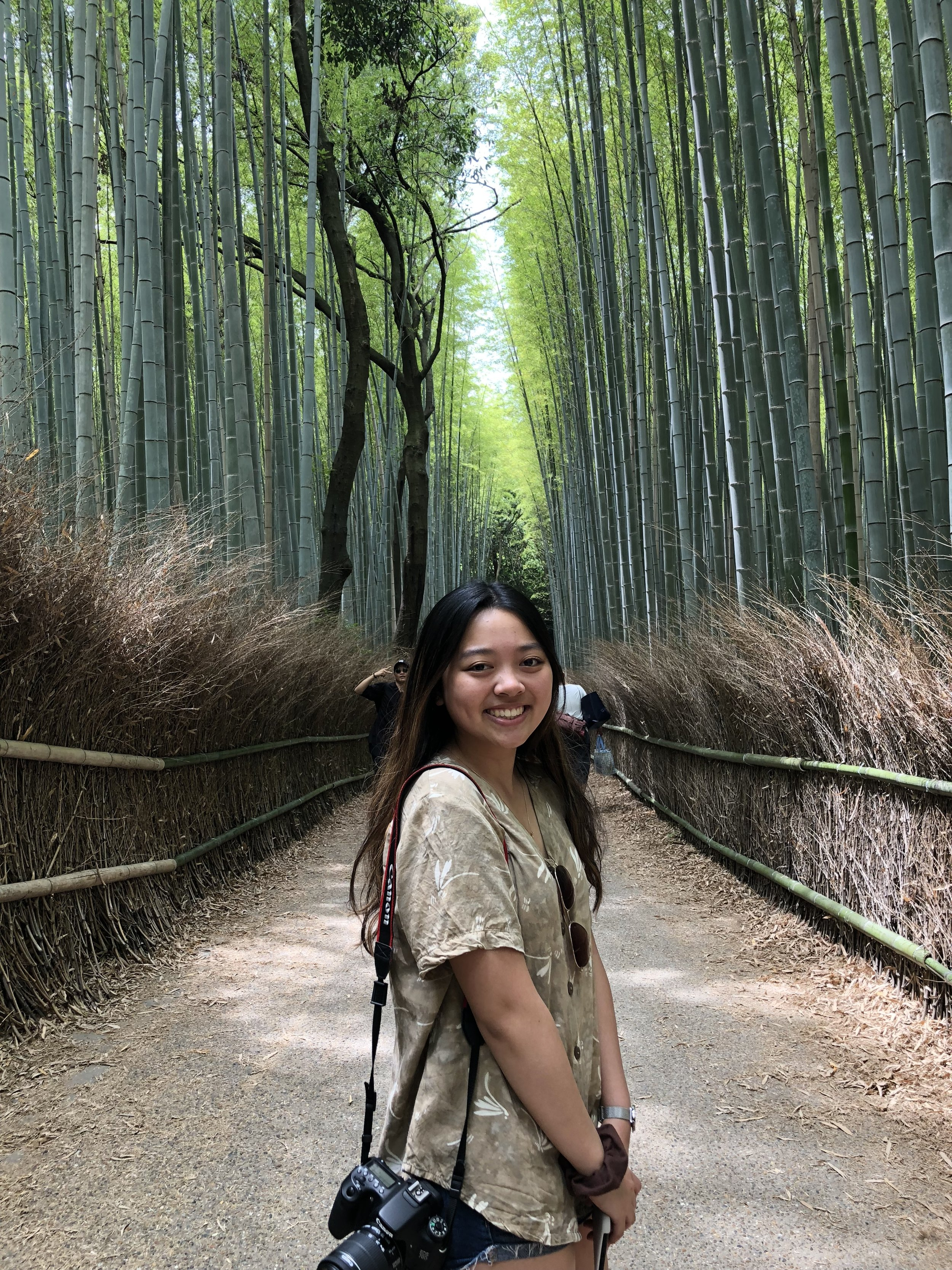 Angie Lao '20,  Chair  Angie is a junior from San Jose, CA. She is involved with Club Volleyball, Chinese Students Association, and Women in Business. She also loves traveling (she visited Japan and Korea with fellow PHSF member Luanna!), eating food, polka dots and staying active outdoors. Her favorite place on campus is Gilman Quad.