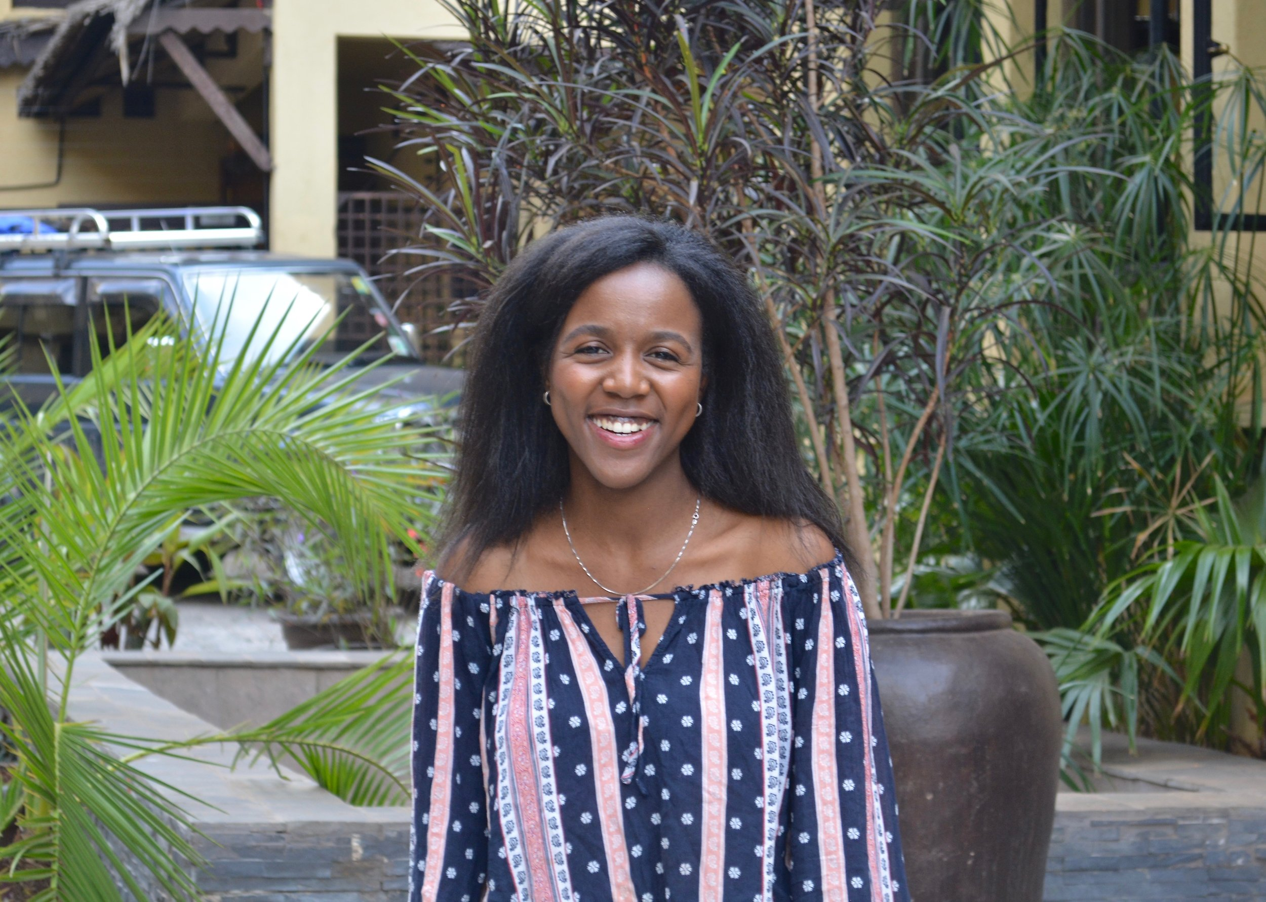 Michelle Ondari '19   Michelle is a senior from Nairobi and New York. She is also involved with Health Leads, International Student Ambassadors, and Global Health Research. A fun fact is that Michelle spent high school in three different countries: Kenya, Ethiopia and the US! Her favorite spot on campus is Mudd Cafe (not Brody!)