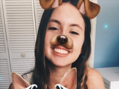 Lana Weidgenant '21   Lana is a sophomore from Orlando, FL (she was born in Brazil!). Lana is Co-President of CARE (Compassion, Awareness, and Responsible Eating) and BRASA (Brazilian Students Association), whose causes she's very passionate about. Some fun facts are that she has swum 100 laps and once had 14 hamsters! Her favorite place on campus is the FFC.