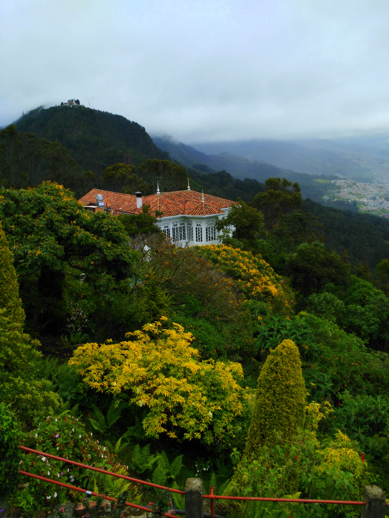 Casa Santa Clara sits in the middle of a lush forest near Monserrate.