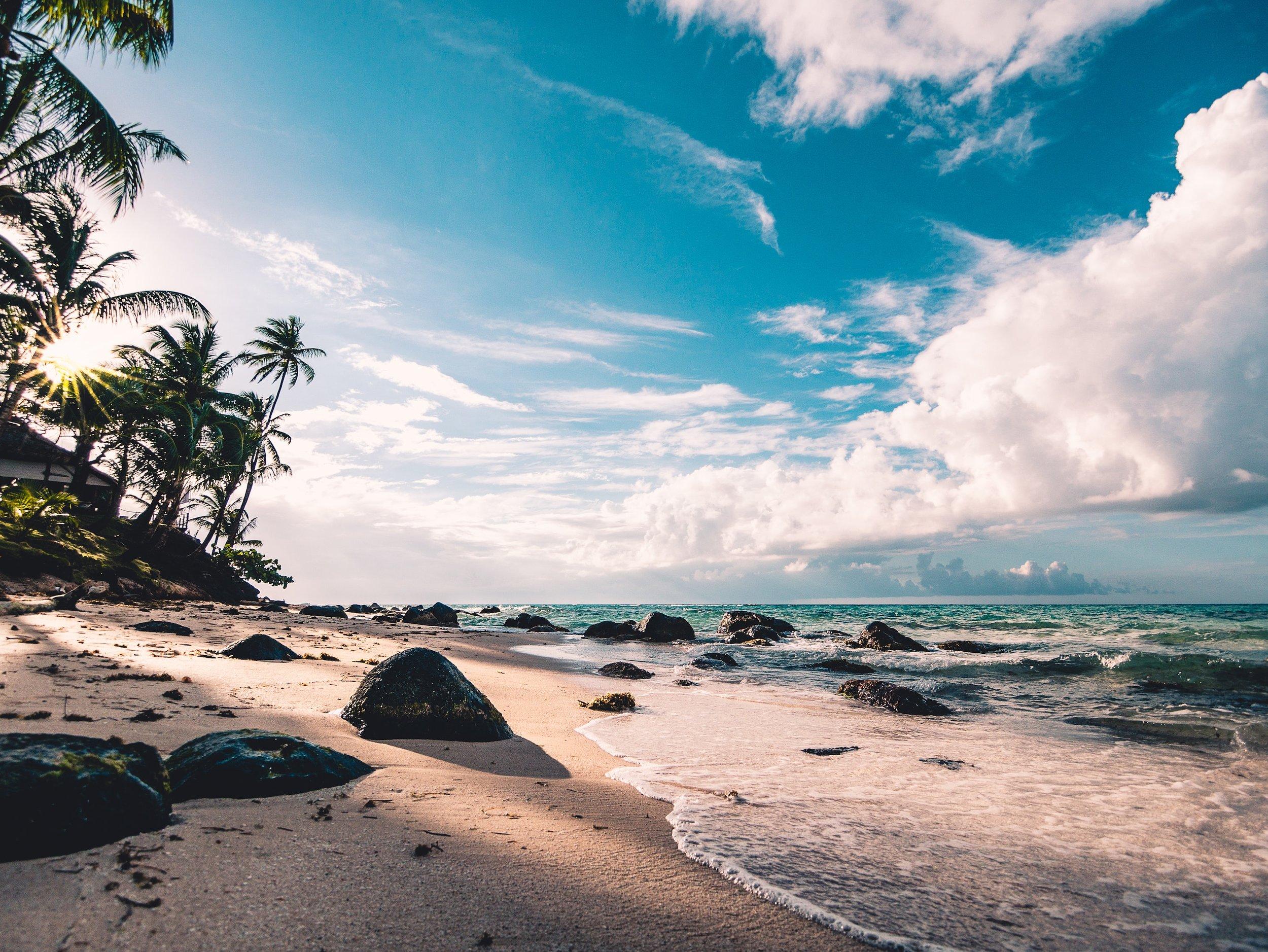 beach-clouds-daytime-994605.jpg