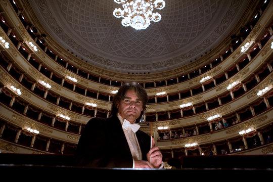 IonMarin-Teatro alla Scala.jpg
