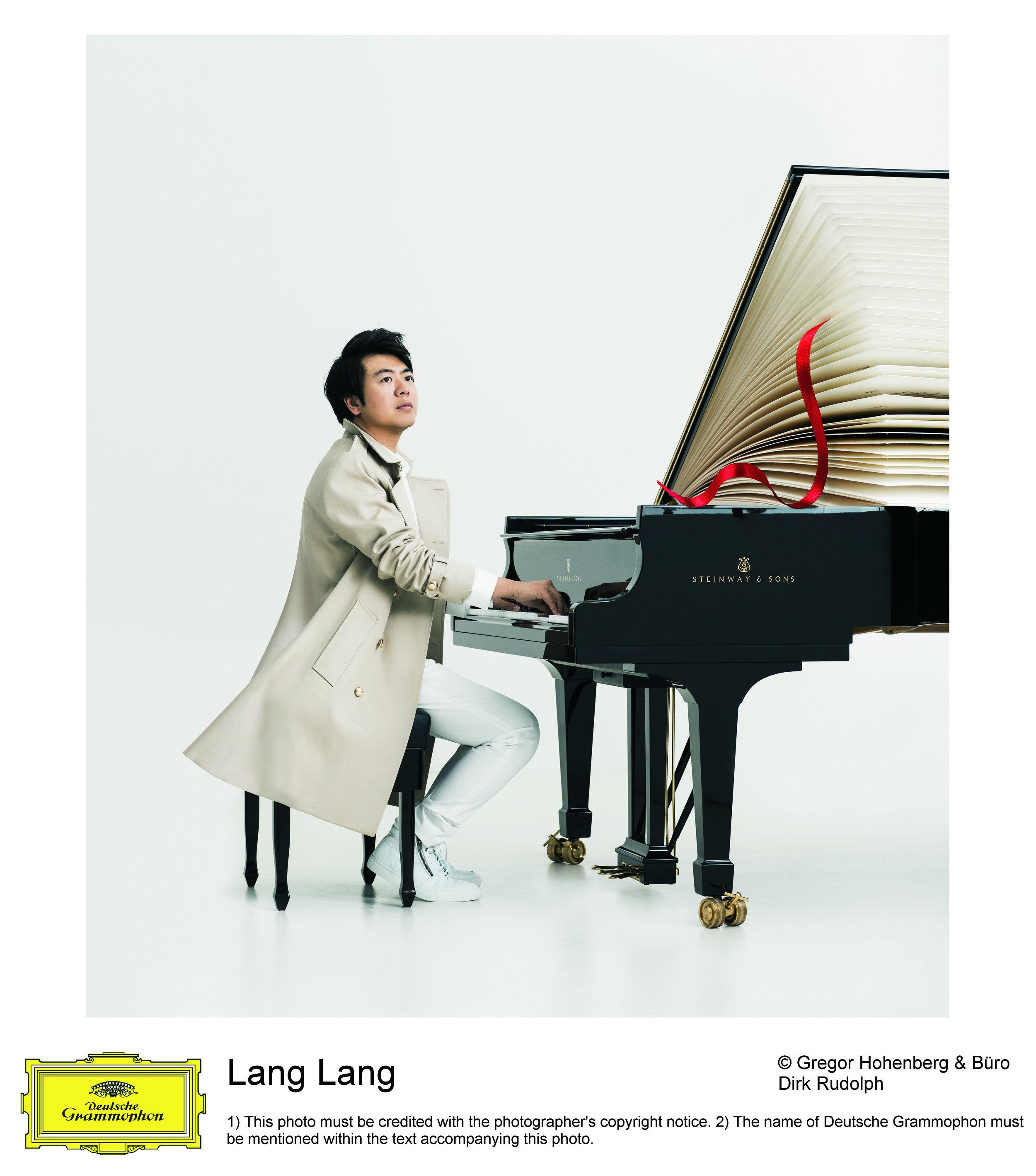 Lang Lang 2019 © Gregor Hohenberg_Deutsche Grammophon (5) New Album -Piano.jpg