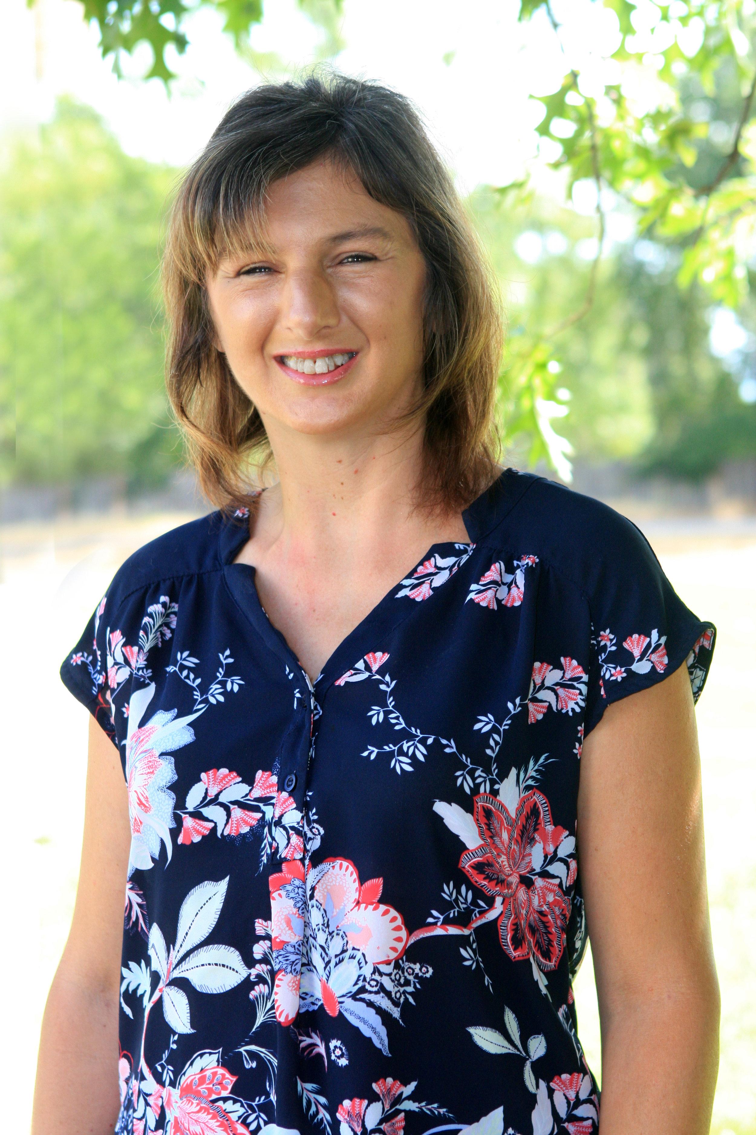 <p><strong>Dawn DeRossett</strong><br>Teacher<br><a href=mailto:dawnd@ndaemail.com>dawnd@ndaemail.com</a></p>