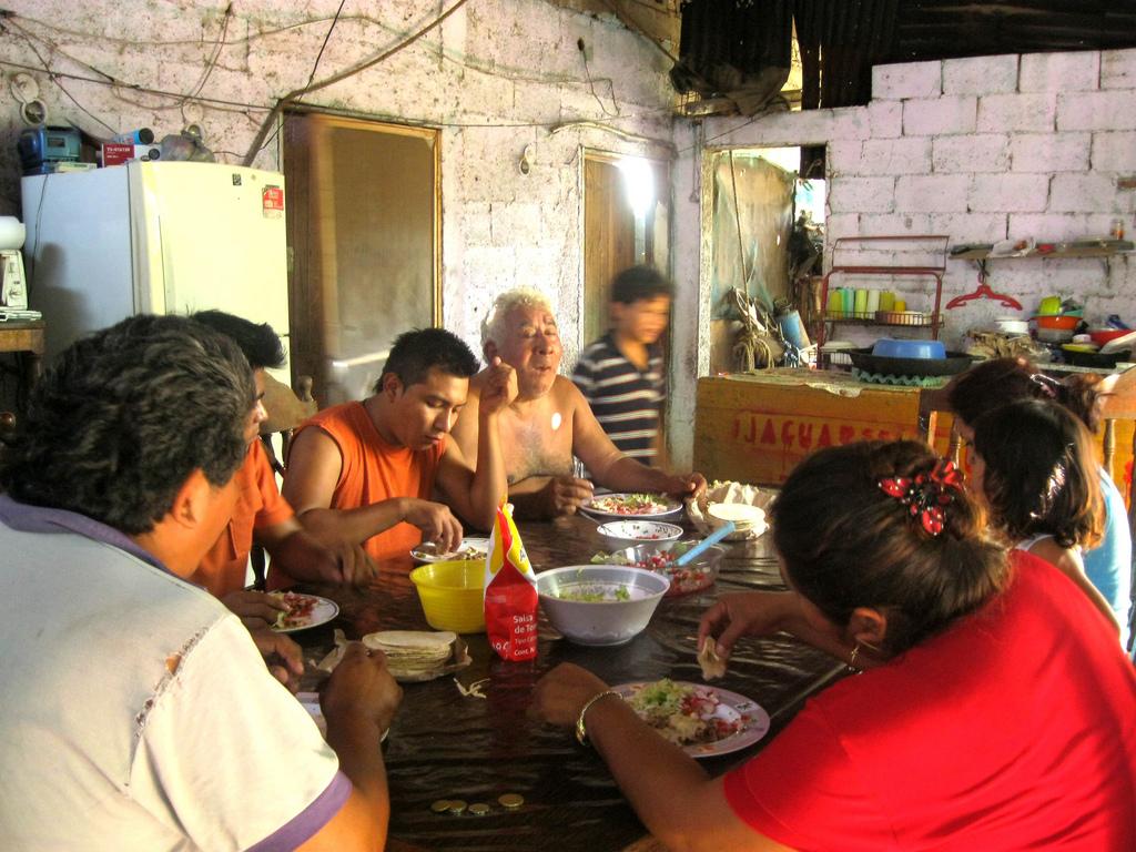La Comida / The Meal  by  Leonor Dzul Uc for Semillas Tzucacab