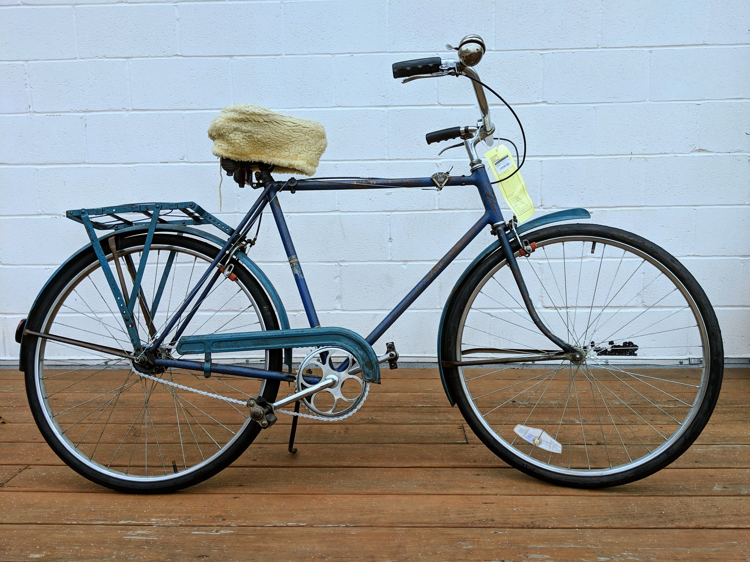 58cm Blue Arnold Schwinn World Tourist $200