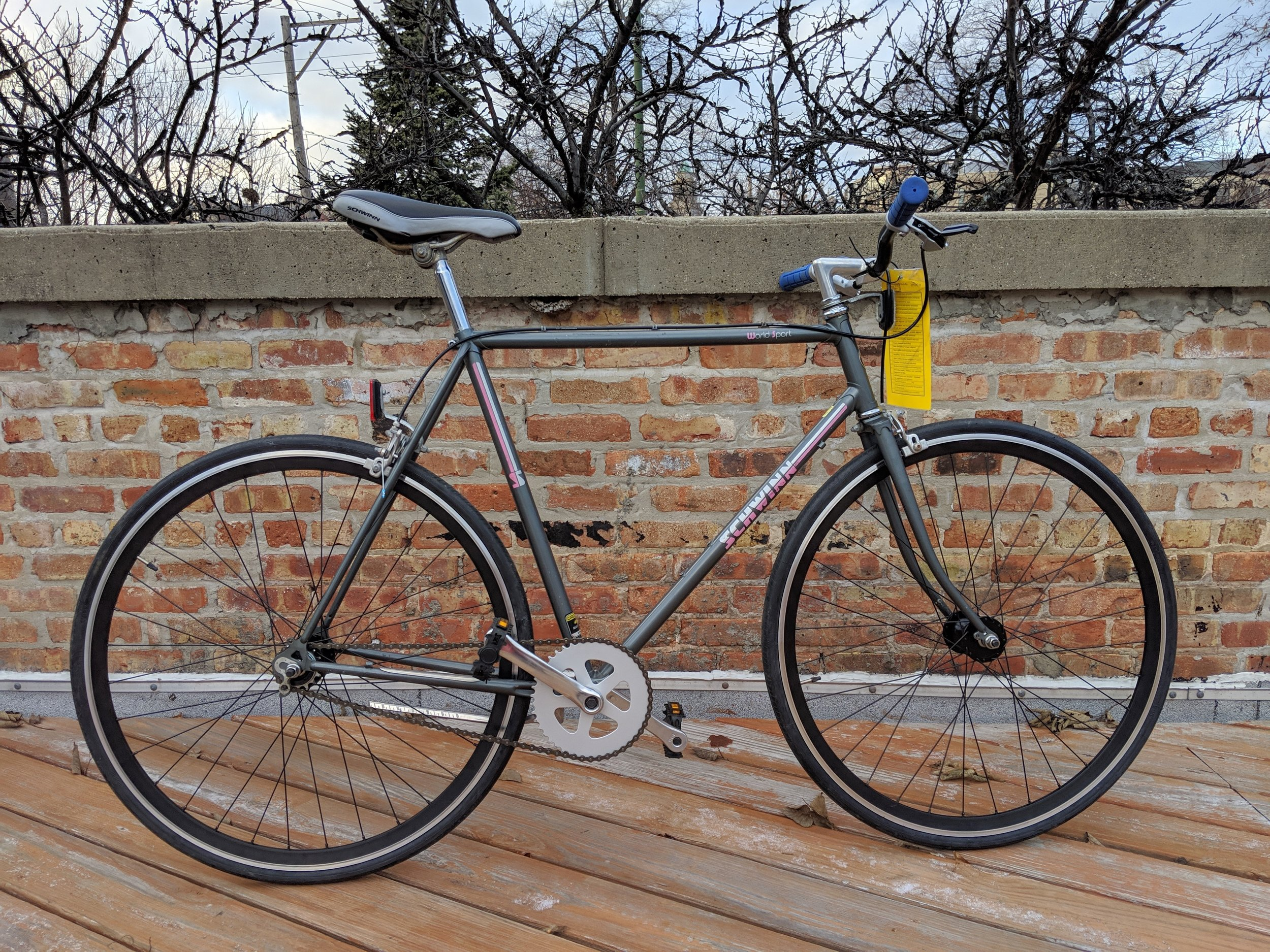 58cm Schwinn World Sport Single Speed $380