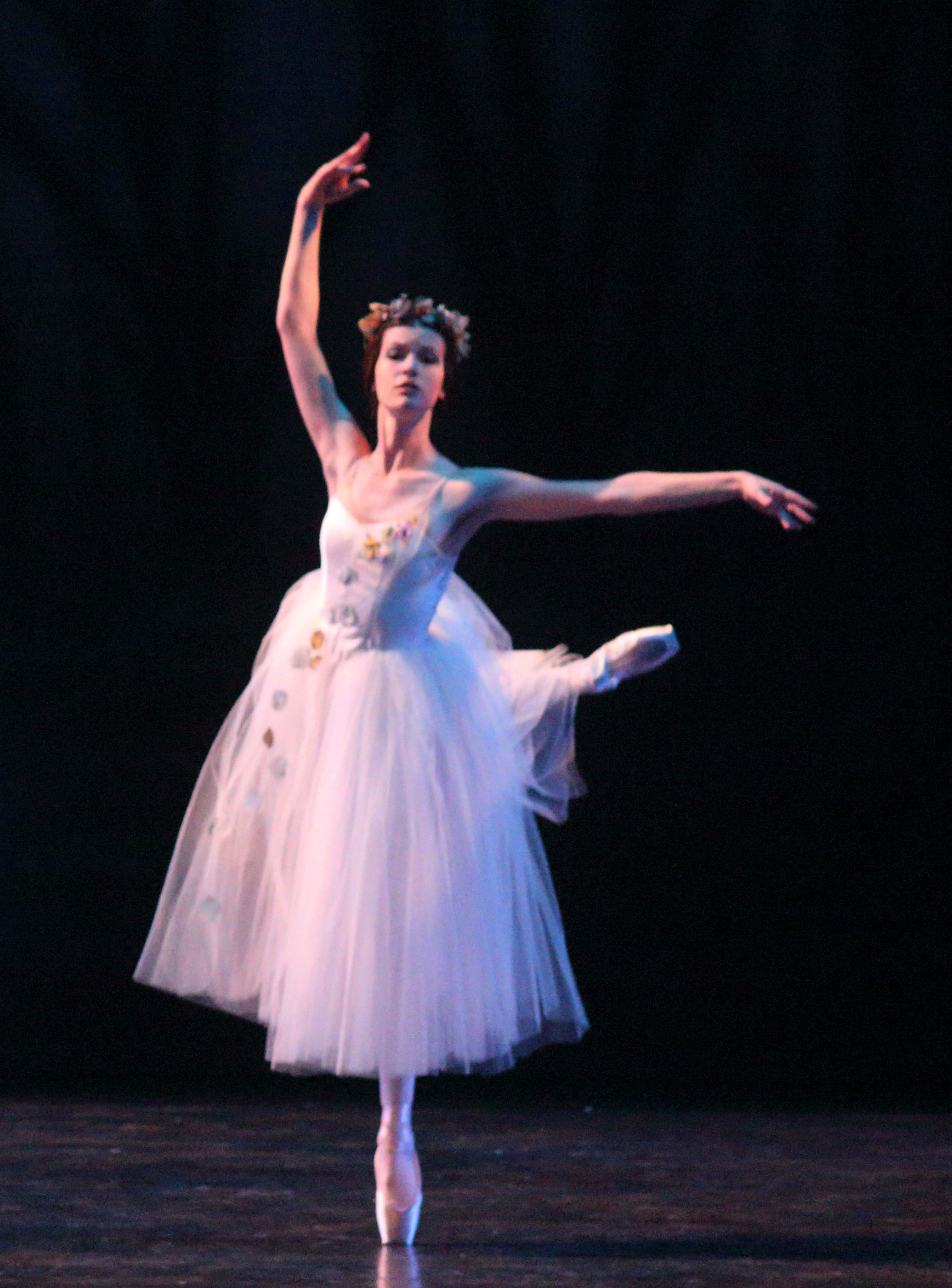 Zoa Glab as Wili Moyna