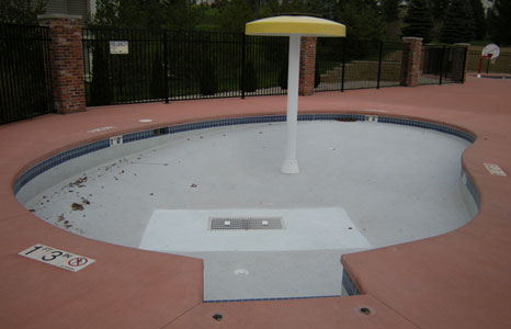 Empty kids pool area at Virginia Graeme Baker Pool & Spa Safety Act