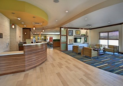 Front desk of Comfort Suites in Bossier City, LA