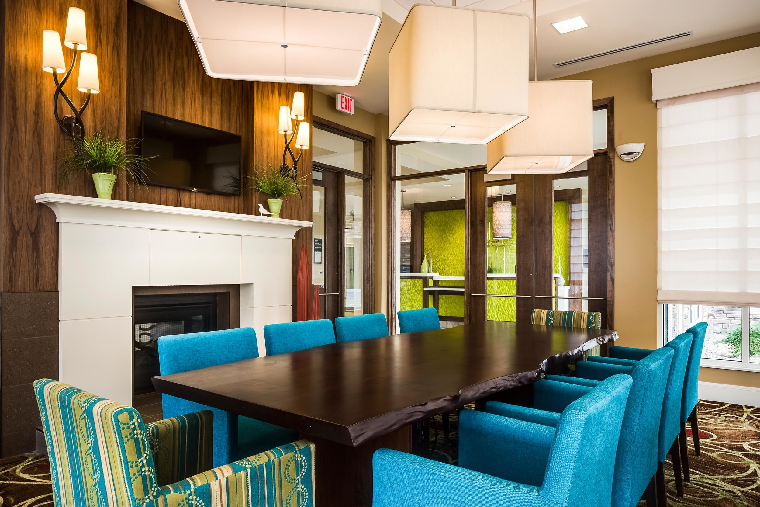 Seating area at the Hilton Garden Inn in Bettendorf, IA
