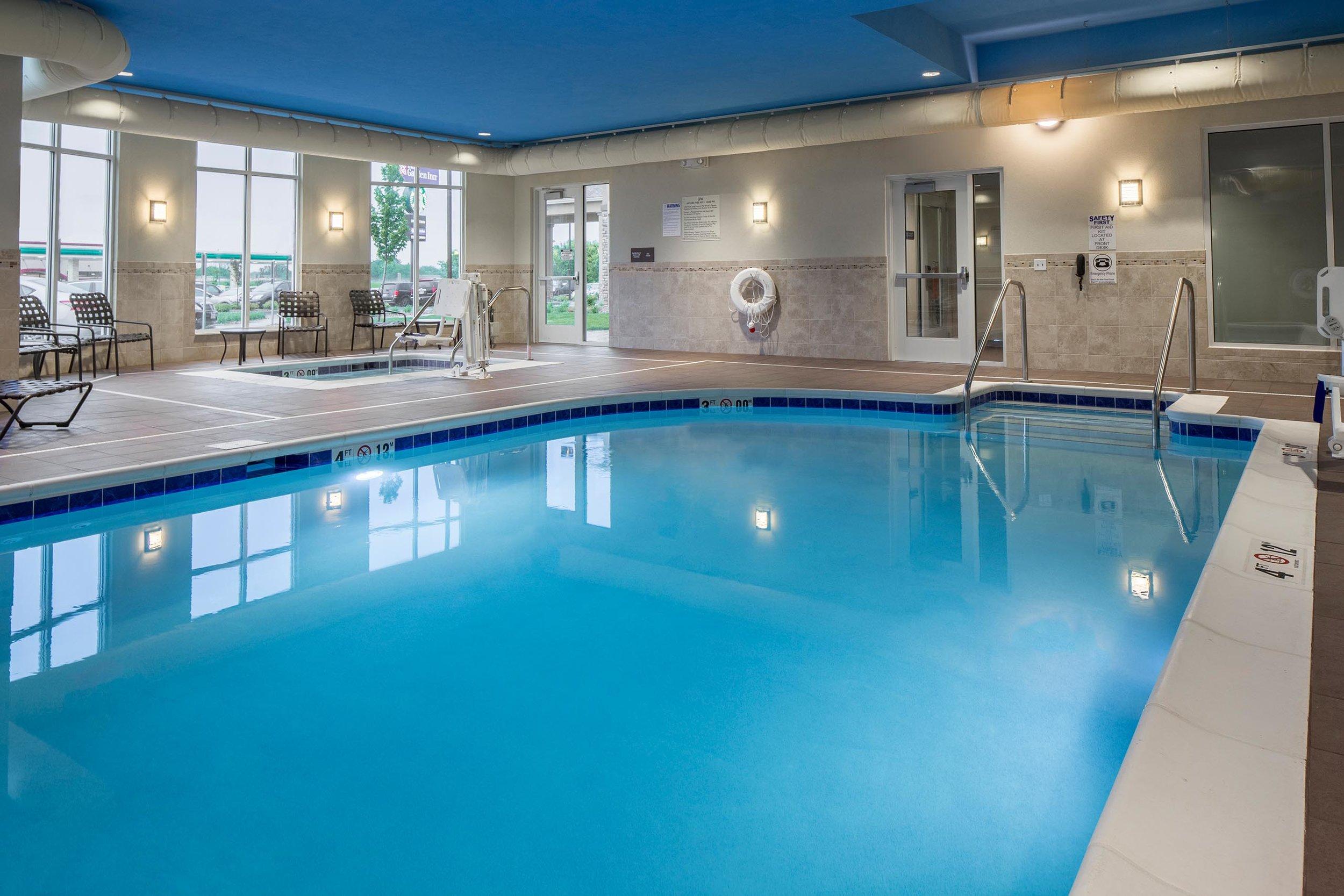 Pool at the Hilton Garden Inn in Bettendorf, IA