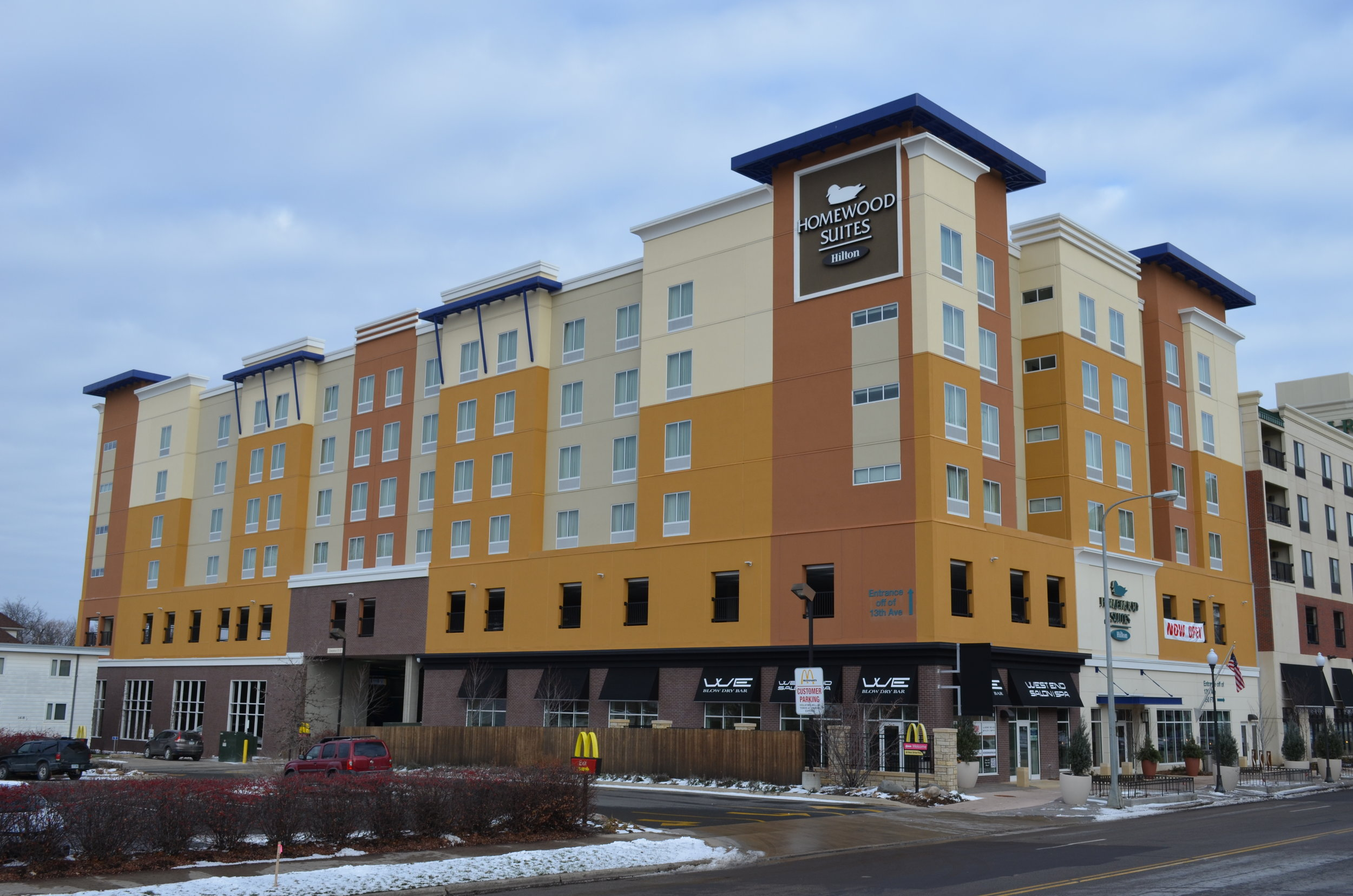 Outside view of the Homewood Suites in Rochester, MN