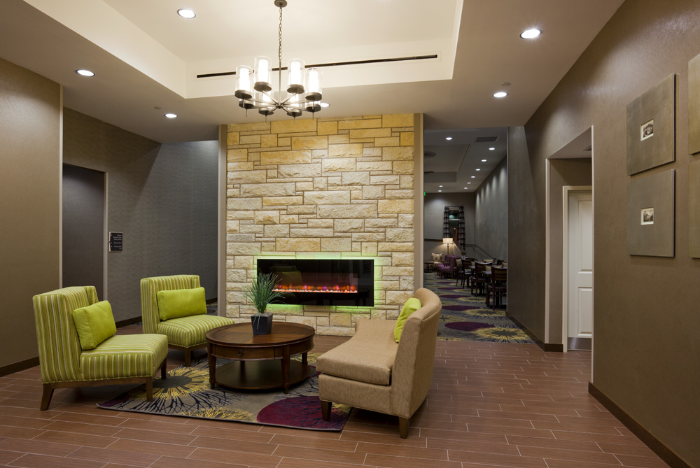 Seating area in the Homewood Suites in Rochester, MN