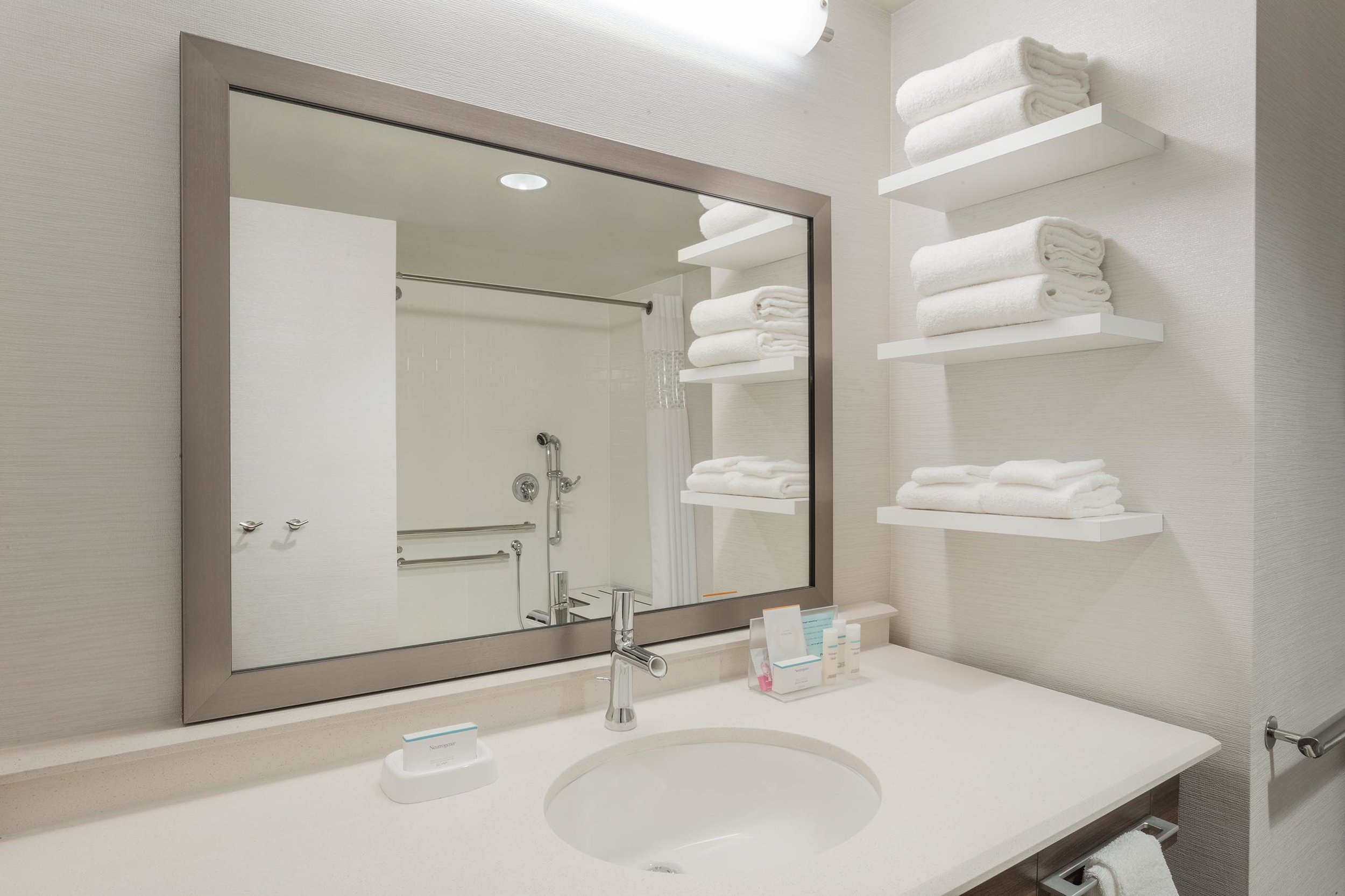 Guest bathroom in the Hampton Inn & Suites in West Des Moines, IA