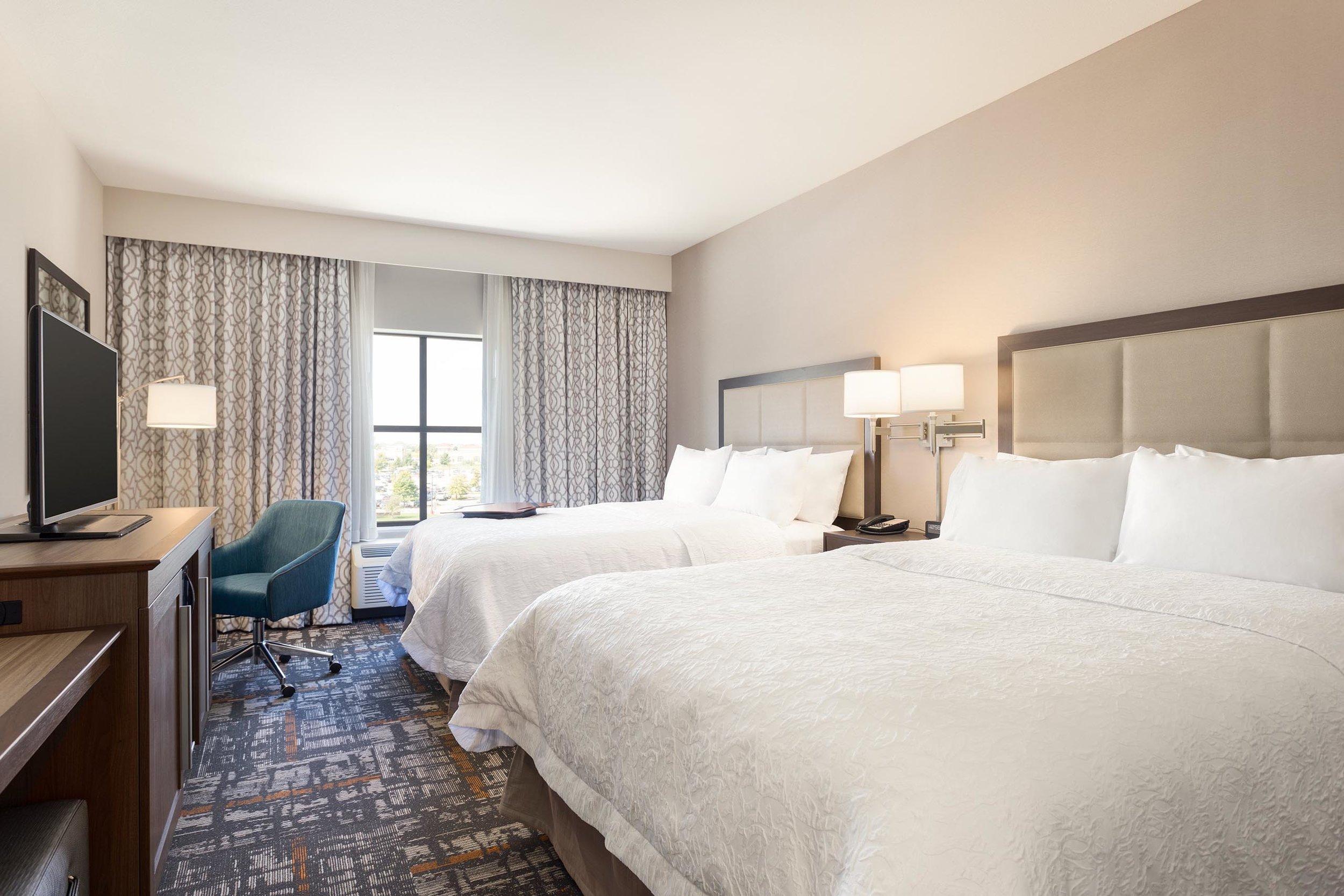 Bedroom in the Hampton Inn & Suites in West Des Moines, IA