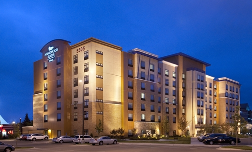 Night time outside view of the Homewood Suites in St. Louis Park, MN