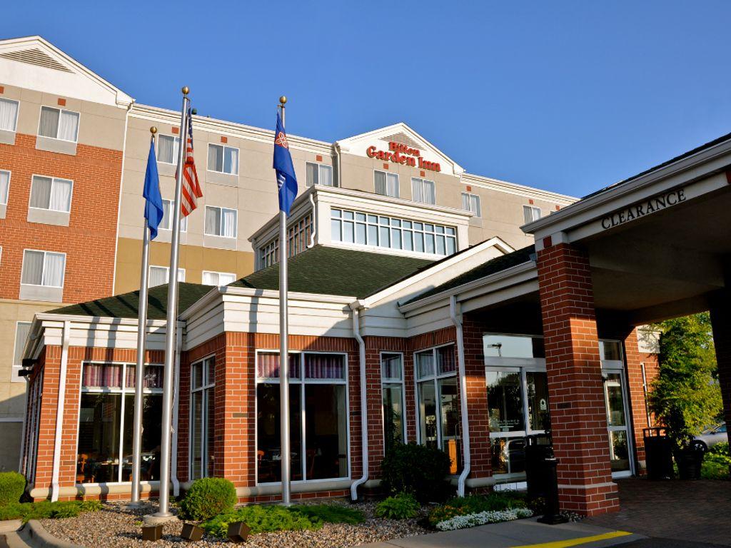 Outside view of the Hilton Garden Inn in Bloomington, MN