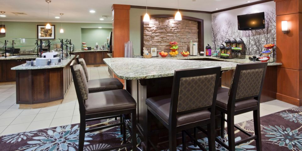 Seating area of the Staybridge Suites in Bloomington, MN