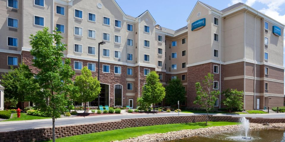 Outside view of the Staybridge Suites in Bloomington, MN