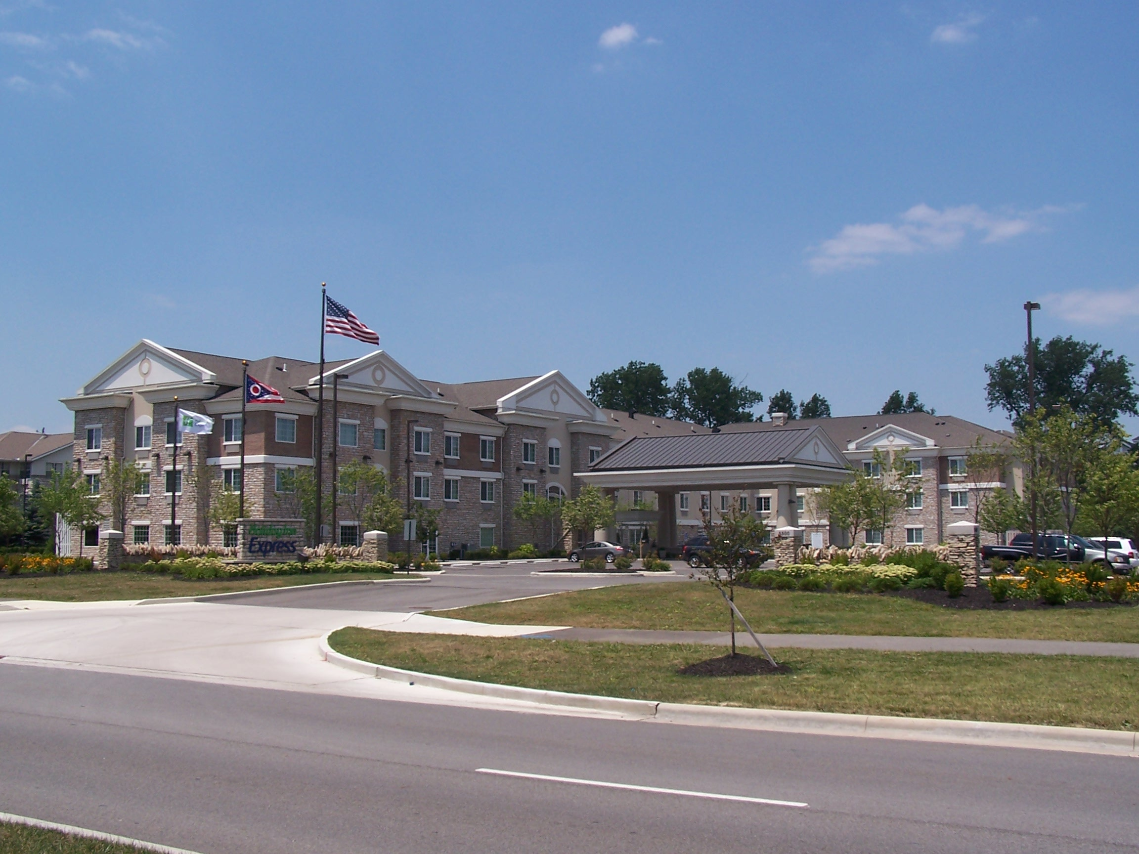 Outside view of the Holiday Inn Express in Dublin, OH