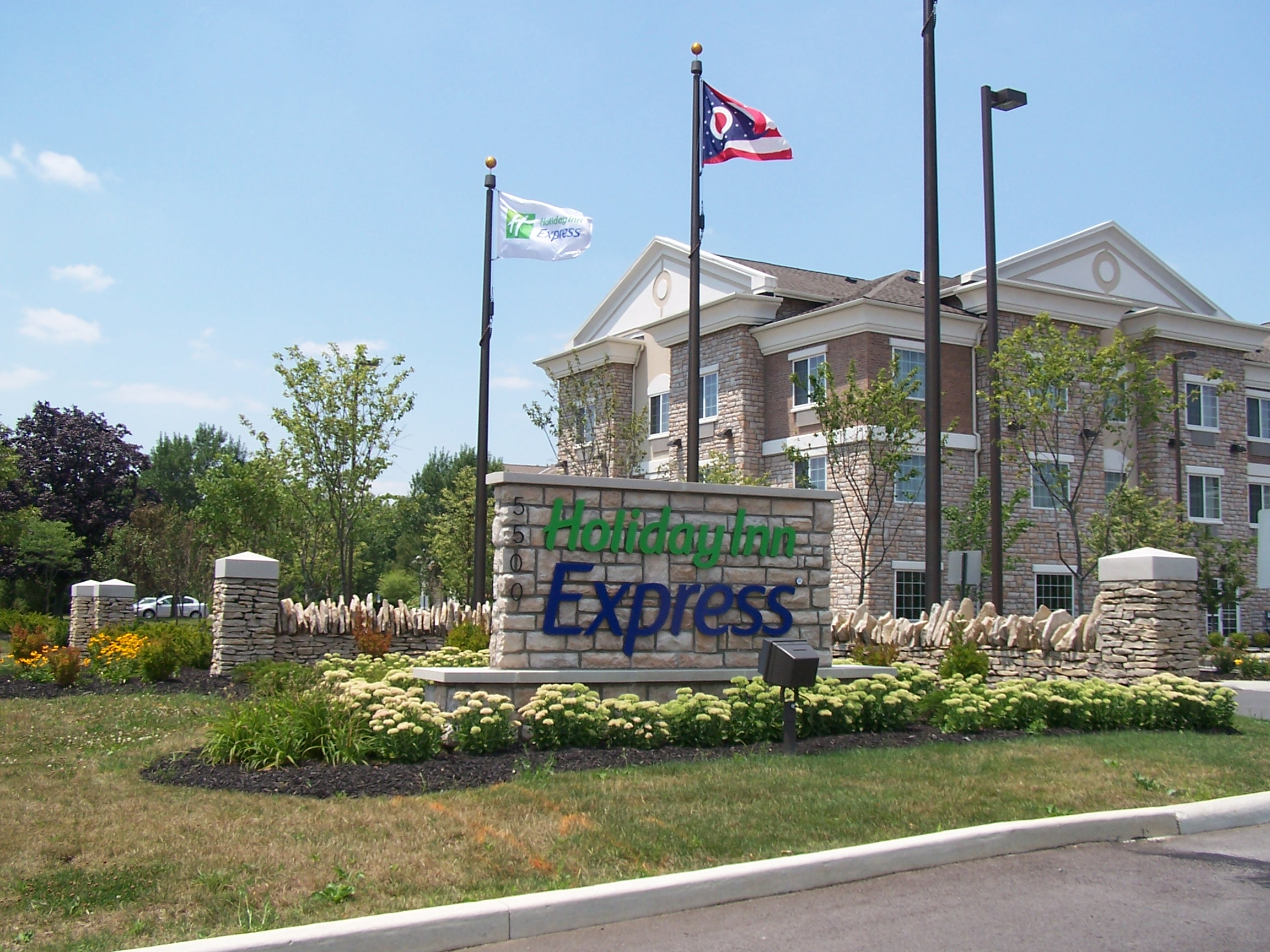 Outside view with sign of the Holiday Inn Express in Dublin, OH