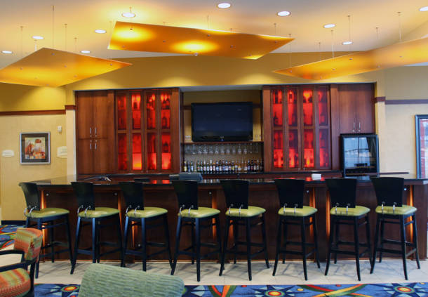 Bar area in the Courtyard Marriott in Maple Grove, MN