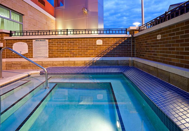 Outdoor pool area at the Courtyard Marriott in Maple Grove, MN