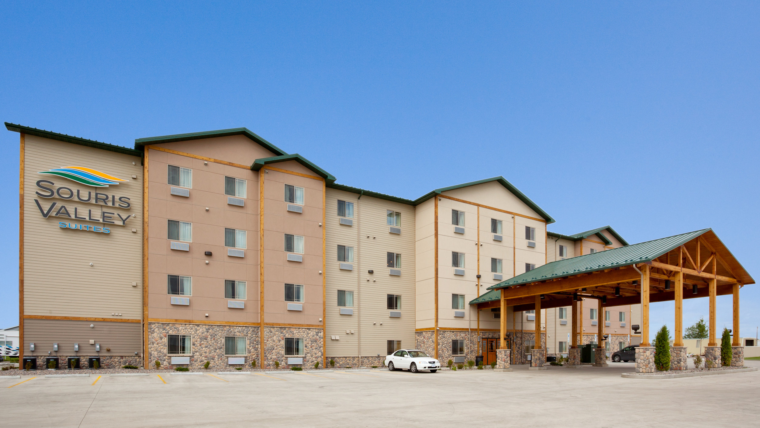 Outside view of the Souris Valley Suites in Minot, ND