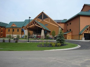 Outside view of the Three Bears Resort in Warren, WI