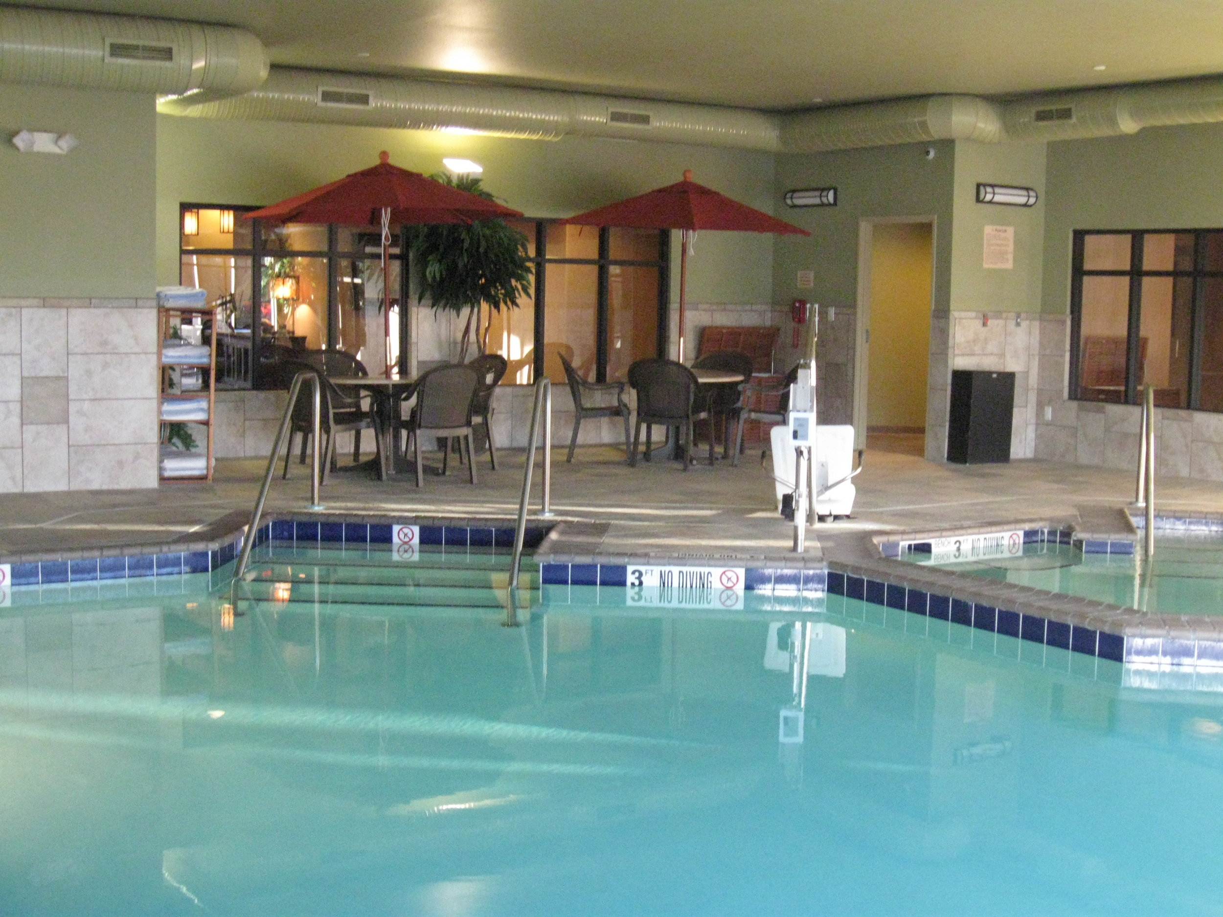 Pool in the Little Missouri Inn & Suites in Watford City, ND