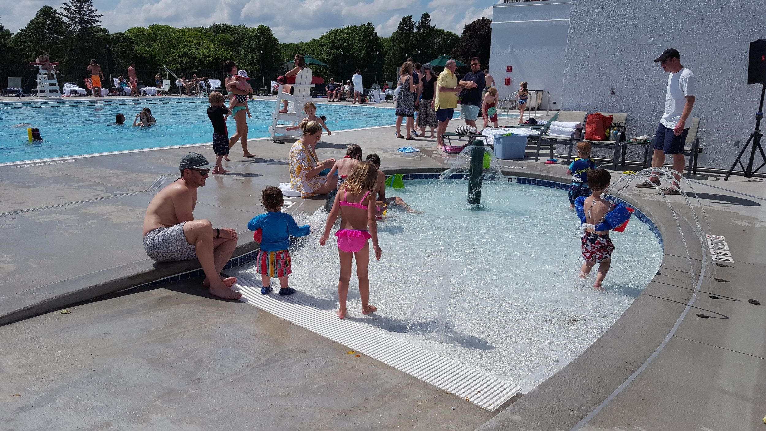 Kids pool area at Maple Bluff Country Club in Madison, WI