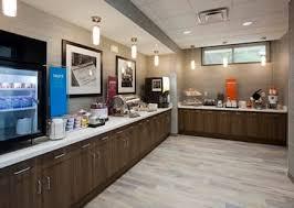 Breakfast area in the Hampton Inn Hometown in Spicer, MN
