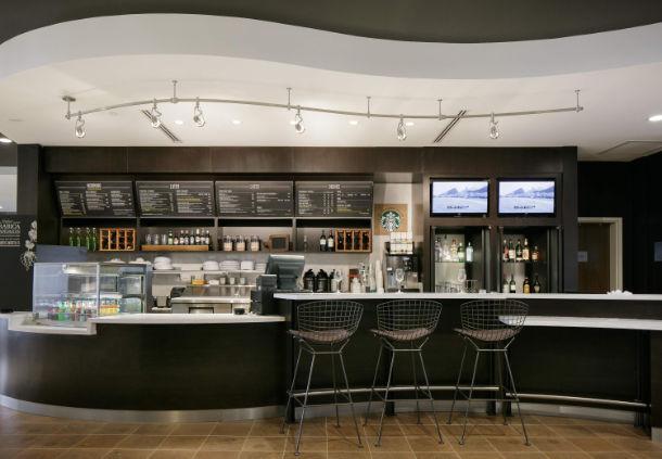 Bar area in the Courtyard Hotel in Bellevule NB